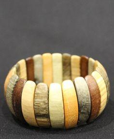 Цветной деревянный браслет из зубчиков вбр529