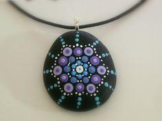 Boho yoga mandala-bijoux pierres-peint rock-pendentif collier-anniversaire-3D yoga chakra art-méditation-Zen-bleu lavande-ooak cadeaux de moins de 25 ans