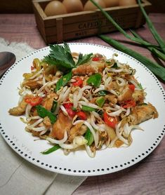 Resep DADAR TELUR Cah Toge versi Pedas Gurih oleh dapurVY - Cookpad