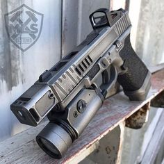Airsoft hub is a social network that connects people with a passion for airsoft. Talk about the latest airsoft guns, tactical gear or simply share with others on this network Weapons Guns, Airsoft Guns, Guns And Ammo, Custom Glock 19, Custom Guns, Glock Mods, Revolver, Military Guns, Cool Guns