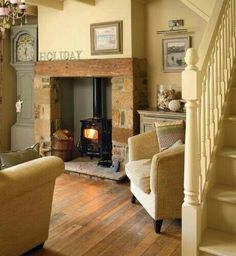 Living room ideas country cottage wood stoves 57 New ideas Cottage Living Rooms, Cottage Interiors, My Living Room, Home And Living, Living Spaces, Stairs In Living Room, Cottage Bedrooms, Modern Living, Cottage Shabby Chic