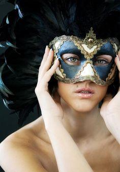 Masquerade ::