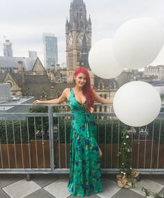 Dianne Buswell - Manchester by evening ❤️ this venue is stunning 👌 top . Joe Sugg, Strictly Come Dancing, Beautiful Redhead, Celebs, Celebrities, Redheads, Manchester, Strapless Dress, Sexy Women
