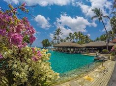 Experience luxury and modern conveniences set amidst the shores of the Bali's beautiful Jimbaran Bay. Bali Resort, Jimbaran, Summer Pool, Best Resorts, Beautiful Landscapes, Pools, Places To Travel, Paradise, Vacation