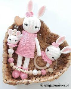 Crochet Baby Mobiles, Crochet Baby Toys, Baby Knitting, Girl Gift Baskets, Baby Gift Hampers, Animal Sewing Patterns, Crochet Patterns Amigurumi, Montessori Baby Toys, Crochet Bunny Pattern