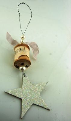 Blabberings of a Craft-A-Holic: Artful Thursday Spool Ornament