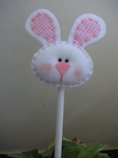 Felt Diy, Handmade Felt, Felt Crafts, Bunny Crafts, Easter Crafts, Spring Crafts, Holiday Crafts, Decoration Originale, Easter Projects