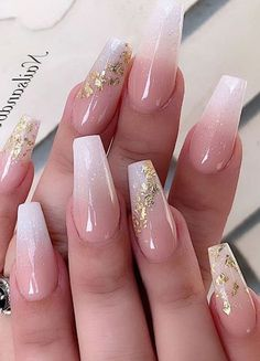 Classy Acrylic Nails, Gold Acrylic Nails, Acrylic Nails Coffin Short, Classy Nails, Stylish Nails, Wedding Acrylic Nails, Gold Wedding Nails, Acrylic Nails Coffin Ombre, Gold Coffin Nails