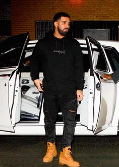 How to Dress Like Drake #StealHisStyle