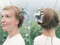 Delicate and romantic seasonal wedding hair flowers – beautiful alternatives to the flower crown
