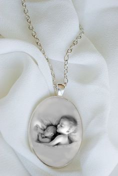 Custom Mother's day photo keepsake pendant necklace by polkyanddot, $24.00