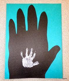 Tippytoe Crafts: Gorilla & Me Handprints - Actual Size by Steve Jenkins books activity!