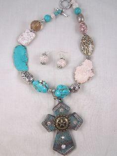 Chunky Western Horseshoe CrossTurquoise Necklace