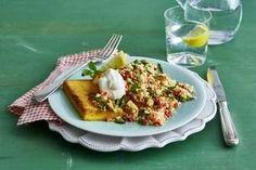 Das Rezept für Polentaschnitten mit Blumenkohl-Couscous und weitere kostenlose Rezepte auf LECKER.de