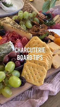 Charcuterie Picnic, Charcuterie Recipes, Charcuterie Platter, Charcuterie And Cheese Board, Thanksgiving Tablescapes, Holiday Tables, Dinner Parties, Table Decorations, Centerpieces