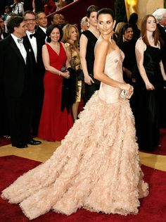 Oscars Fashion: The 50 Best Dresses of All Time