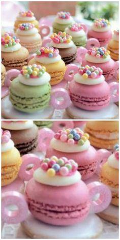 Fig and almond cake - HQ Recipes Macaron Cake, Macaron Cookies, Macaron Recipe, Cheesecake Cookies, French Macaroon Recipes, French Macaroons, How To Make Macaroons, Vegan Macarons, Macaron Flavors