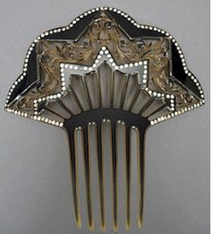 Past Perfect Vintage: Those Fancy Victorian Hair Combs