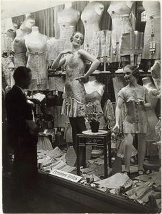 Window display for a 1920s Parisian lingerie store