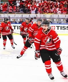 Jonathan Drouin leads his teammates to the bench after scoring the game-tying  goal against 351fd081b