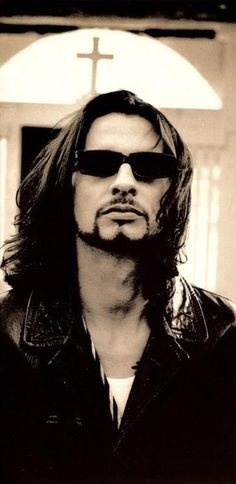 Dave Gahan of Depeche Mode--the best long-haired pic of him I've ever seen.