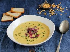 Sárgaborsó krémleves sonkával Soup Recipes, Cooking Recipes, Healthy Snacks, Healthy Recipes, Eat Pray Love, Cheeseburger Chowder, Bacon, Nom Nom, Food And Drink