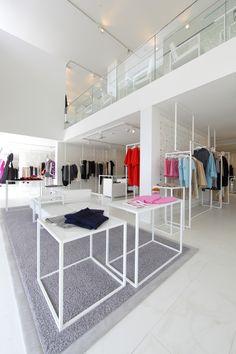 Emporium Concept Store By Garde Baku Azerbaijan Design Retail DisplaysLayout