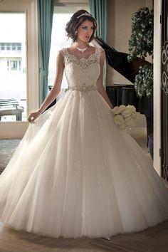 Snow White dress, Mary's Bridal Style 6212 | Wedding Planning, Ideas & Etiquette | Bridal Guide Magazine
