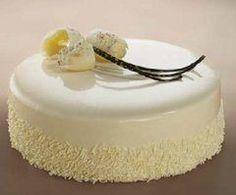 Dobrý piškótový korpus si predsa zaslúži lahodnú náplň. A akú inú ako náplň z bielej čokolády. Ako urobiť krémovú náplň z bielej čokolády? Sweet Desserts, Sweet Recipes, Cake Filling Recipes, Czech Recipes, Cake Fillings, Beautiful Desserts, Crazy Cakes, Healthy Cake, Bakery Cakes