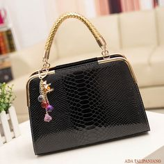 9702 @165 RESELLER @145 MATERIAL PU SIZE L30XH25XW10CM WEIGHT 800GR COLOR ROSE, BEIGE, BLACK, BLUE, PINK