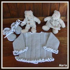 Jersey gris con volante Gorro Para Bebés e89058b25ef