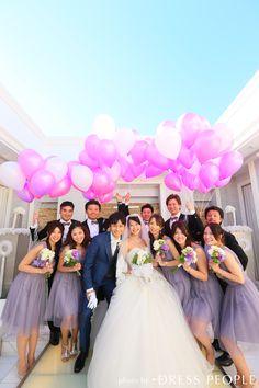 ブライズメイド・ボビネットVネックドレス。パープルのブライズメイドドレス。エアリーなボリューム感と大人っぽいラベンダーカラーが魅力のドレス。 #Bridesmaid #Dress #Purple #Wedding