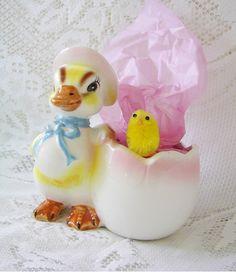 Vintage Easter Egg Cup
