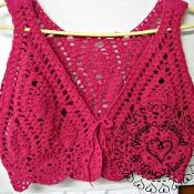 Pineapple Lace Cropped Vest - via @Craftsy