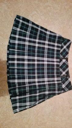 Spódnica w kratę, japoński mundurek