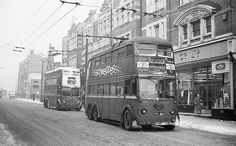 london transport buses in photographs to date London Bus, Old London, London Life, West London, London History, Local History, British History, Double Decker Bus, London Transport