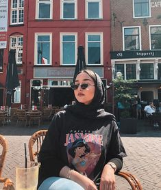hijab fashion when the sun comes out - Hijab Casual, Outfits Casual, Hijab Chic, Mode Outfits, Girl Outfits, Fashion Outfits, Fashion Fashion, Modern Hijab Fashion, Street Hijab Fashion