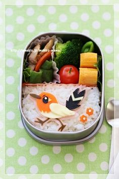 Bird bento box.  Cute idea for kid's lunch.