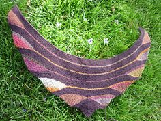 Ravelry: Good Vibrations pattern by SaBine Vogelpoth
