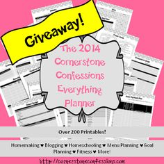 Have you seen this AMAZING #Planner for Moms? It can be customized to include homeschooling, blogging, homemaking and meal-planning. Plus, it includes over 200 printables. || CornerstoneConfessions.com