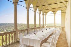 Die Altane hoch über dem Kamptal bietet Ihnen ein wunderschönes Ambiente für Ihren Sektempfang.