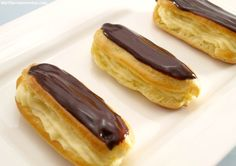 Cuban Desserts, Delicious Desserts, Chilean Recipes, Christmas Deserts, Profiteroles, Mini Pies, Learn To Cook, Desert Recipes, Food Truck