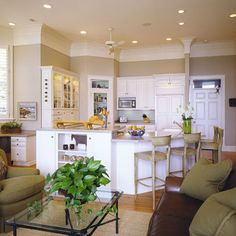 Kitchen benjamin moore grant beige Design Ideas, Pictures, Remodel and Decor