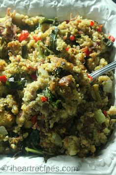Heres a savory collard greens and turkey cornbread dressing thats packed with flavor. Its a very southern traditional dish that you and your family with love this holiday season. The post Collard Green & Smoked Turkey Cornbread Dressing Southern Dishes, Southern Recipes, Southern Food, Southern Style, I Heart Recipes, Duck Recipes, Thanksgiving Side Dishes, Thanksgiving Recipes, Dinner Dishes