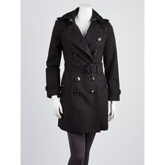 Pre-owned Burberry Prorsum Black Cotton Runway Lace Collar Trench Coat ($695) ❤ liked on Polyvore featuring outerwear, coats, burberry, burberry trenchcoat, cotton trench coat, trench coats and burberry coat