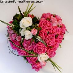 Valentinstag Online Blumen The Effective Pictures We Offer You About funeral arrangements A quality picture can tell you many things. You can find the most beautiful pictures Arrangements Funéraires, Funeral Floral Arrangements, Valentine Flower Arrangements, Valentines Flowers, Valentine Wishes, Valentine Nails, Valentine Ideas, Valentine Heart, Deco Floral