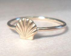 Sea Shell Ring, shell ring, gold shell ring, gold beach ring, beach ring, beach midi ring, gold midi ring, gold rings, gold stacking rings