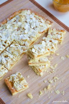 Mazurek morelowo - migdałowy | Patricia bakes Dessert Recipes, Desserts, Cheesecake, Food And Drink, Favorite Recipes, Easter, Bread, Healthy Recipes, Baking