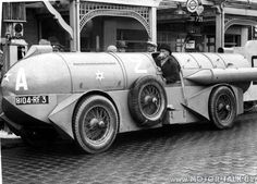 1932-land-speed-record-car