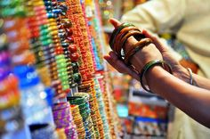 Walk through artisans, bangle makers and old houses in the Pink City – Evening Walk | Padhaaro